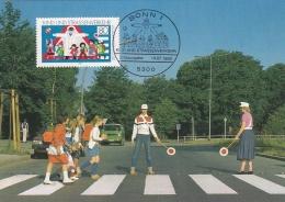 Germany Maxicard 1983 Kind Und Strassenverkehr (T13-19) - Other (Earth)