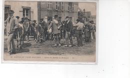 MOEURS ET TYPES BRETONS - Scènes De Marché En Bretagne (pli Haut Gauche) - France