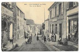 Cpa: 29 CHATEAUNEUF DU FAOU (ar. Châteaulin) Rue De La Mairie (Animée, Boulangerie, Quincaillerie) 1915 N° 659 (rare) - Châteauneuf-du-Faou