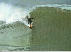 Surfing Sur La Côte Atlantique - Bidart