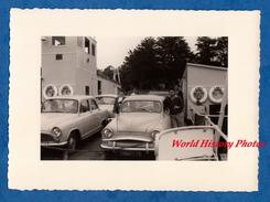 """Photo Ancienne - BENODET ? - Belle Automobile Sur Le Bac """" L' Odet """" - Automobiles"""