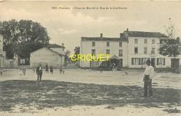 85 Vix, Place Du Marché Et Rue De La Guilleterie, Animée, Voir Vieille Tente... - Autres Communes