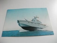 Nave Ship GUARDIACOSTE D'ALTURA  GUARDIA DI FINANZA - Barche