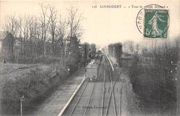 """60-LIANCOURT- """" TOUT LE MONDE DESCEND """" - Liancourt"""