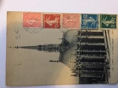FRANCE - Carte Postale Avec 1 Timbre Perforé Sur 5 Employés ... - Pas Courant Sur Envoi Privé - P21414 - Perforés