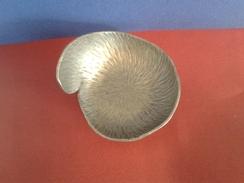 Cendrier De Collection  En Etain Pur - Poids- 127.40gr - Etains