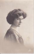 AK Foto Frau Mit Haarreif - 1918 (28116) - Frauen
