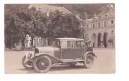 38 Uriage Les Bains Carte Photo Cpa Gros Plan Vieille Voiture Automobile Maurice Chevalier Et Yvonne Vallée - Uriage