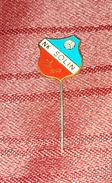 NK SOLIN CROATIA, VINTAGE ENAMEL PIN BADGE - Fútbol
