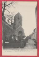 Lobbes - Escalier Et Rue De L'église ... Groupe De Personnes ( Voir Verso ) - Lobbes