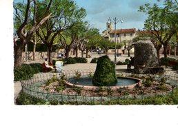 83-----RARE---LE BEAUSSET---place De La Liberté---voir 2 Scans - Le Beausset