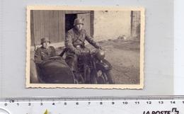 MILITÄR - 2.Weltkrieg, Wehrmacht, Motorrad / Kradmelder Mit Beiwagen, Photo Ca. 10 X 7 Cm - Guerra 1939-45