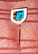 HANDBALL CLUB ZAGREB CHROMOS CROATIA, VINTAGE PIN BADGE - Handball