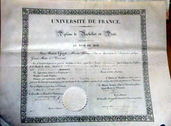 DIPLOME DE BACHELIER EN DROIT ACADEMIE DE RENNES 1832  CACHET EN PAPIER GAUFRE AVOCAT - Diploma & School Reports