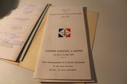 Lot De Plaquettes Avec Des Signatures D'anciens FNFL 1975 - Documents