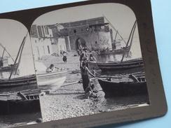 """(83) VILLAGE CHILDREN On FISHERMAN'S BEACH TIBERIAS, PALESTINE """" Stereo Photo """" 1903 ( Voir Photo ) !! - Photos Stéréoscopiques"""
