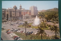 MALAGA - PLAZA QUEIPO DE LLANO - FUENTE MONUMENTAL Y JARDINES - Coches Vehículos - Málaga