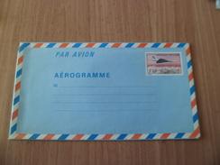 France Aérogramme 1012-AER   Avion Concorde Survolant Paris République Française    3,50 F     Neuf     TB - Concorde