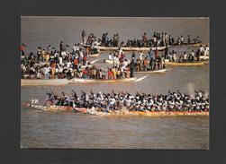 AFRIQUE - AFRIQUE EN COULEURS - RÉGATE DE PIROGUES ULTIME EFFORT AVANT LA VICTOIRE - ÉDITIONS HOA QUI - Cartes Postales