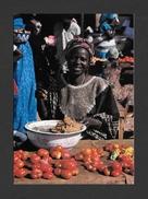 AFRIQUE - AFRIQUE EN COULEURS - LA MARCHANDE DE TOMATES - ÉDITIONS HOA QUI - Cartes Postales