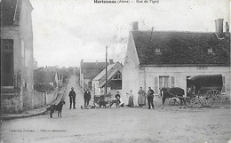 C.P.A. - HARTENNES - Rue De Tigny - Attelage De Chien - Villers-Cotterrets 1914 - Villers Cotteret - - Villers Cotterets