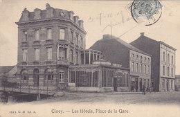 Ciney - Les Hôtels, Place De La Gare (G. H, Animée, Café, 1909) - Ciney