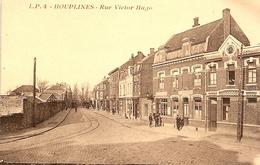 Houplines (Nord) - Vue Animée De La Rue Victor Hugo - Sonstige Gemeinden