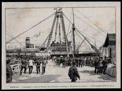 GRAVURE DE 1893  --  33 GIRONDE  --  BORDEAUX  CHARGEMENT DU PANAMA DE LOCOMOTIVES POUR L EXPOSITION DE CHICAGO   3M.033 - Vieux Papiers