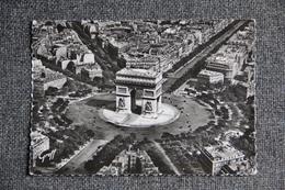 PARIS - Vue Aérienne, La Place Et L'Arc De Triomphe De L'Etoile. - Arc De Triomphe