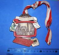 Huge ''Schutz'' Medal: PRINZ RALF II, DUISBURG 2002. - Autres