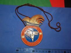 Huge ''Schutz'' Medal: SCHIRMHERR 1990. VEREINSBANK - Banques