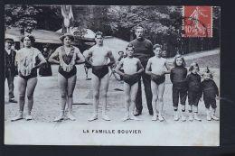 CIRQUE LA FAMILLE BOUVIER   B - Cinema