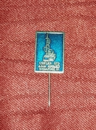 COFLEX LTD, ASIA AWARD SINGAPORE 1981. ORIGINAL VINTAGE PIN BADGE - Films