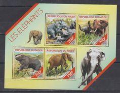 NIGER   2014 Elephants  Sheetlet  Perf. - Elephants