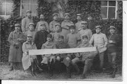 1915 Groupe De Secrétaires D'états Majors Français Du 6è, 20è Et 106è R.I  Feuille De Vigne Cache Sexe Carte Photo - Guerre, Militaire