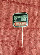 PFAFF- ORIGINAL VINTAGE PIN BADGE - Merken