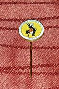 WORLD BOWLS- PÉTANQUE CHAMPIONSHIP SPLIT CROATIA 1984., DONKEY- RARE ORIGINAL VINTAGE PIN BADGE - Bowls - Pétanque