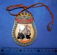 Huge ''Schutz'' Medal: PRINZ WERNER III DUISBURG 1985. - Autres
