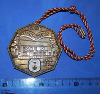 Huge ''Schutz'' Medal: 1986 KG ROT-WEISS ANNO 1870 - Pin's