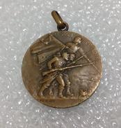 Médaille Militaire LE JOUR DE GLOIRE - France