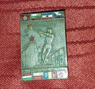 BALKAN CENTRAL EUROPEAN GAMES IN ATHLETICS 1948. VERY RARE ORIGINAL VINTAGE BIG PIN BADGE - Athletics