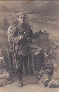 Foto Gebirgsjäger Gewehr Taschenlampe  Pickelhaube Deutscher Soldat 1.Weltkrieg - Oorlog, Militair