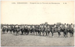 94 VINCENNES - Dragons Sur Le Terrain De Manoeuvre    (Recto/Verso) - Vincennes