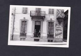 Photo Originale  Snapshot  La Bourboule Le Grand Hotel Des Ambassadeurs - Lieux