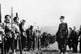 Militaria WW2 - Le Général De Gaulle Passe En Revue Le 11° BCA Après La Victoire Du Mont Froid En Italie Avril 45 - 1939-45