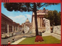 Roma / Citta Del Vaticano (RM) - Via Della Conciliazione Monumento A S. Catharine Da Siena / Fiat, VW .... - Vatikanstadt