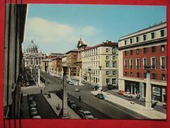 Roma / Citta Del Vaticano (RM) - Via Della Conciliazione E S. Pietro / Fiat?, Auto - Vatikanstadt