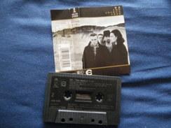 U2 K7 AUDIO VOIR PHOTO...ET LIRE IMPORTANT...  REGARDEZ LES AUTRES (PLUSIEURS) - Audio Tapes