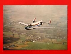 Avions - MOYNET-JUPITER - Avion Bi-moteur D'affaires Et De Liaison, Construit Par Sud-Aviation - (120)