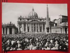 Roma / Citta Del Vaticano (RM) - Piazza  Di S. Pietro / Papstmesse? - Vatikanstadt